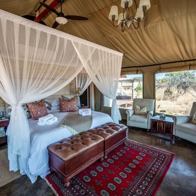 Safari-Plains-Luxury-tents-suite